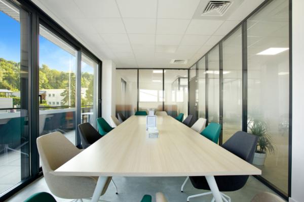 Notre salle de réunion dans notre espace de coworking en Haute Savoie