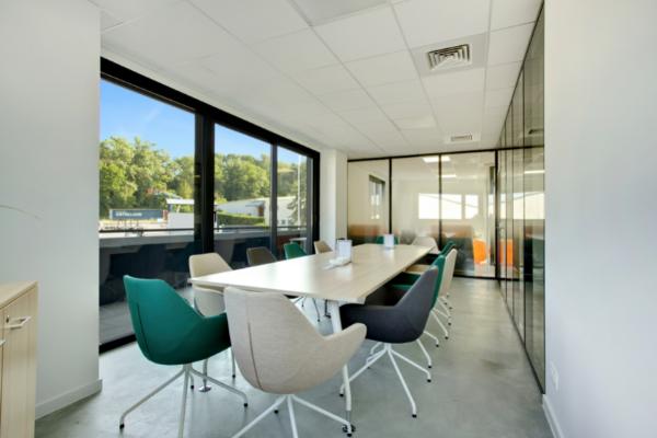 Notre salle de réunion sur Annecy dans notre espace de coworking